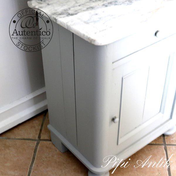 Soft grey toiletskab den ene side