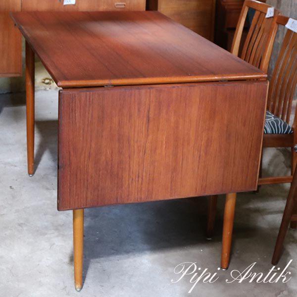 Teak spisebord med ekstra klap udtræk L125xB83cH74 cm brugsspor pænt stand dog +40 cm