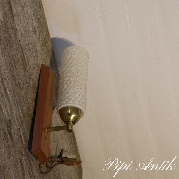Retro væglampe teak messing og hvidt skærm H27 x B6xD10 cm