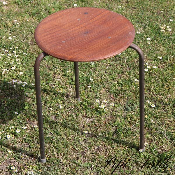 Teak stol uden ryglæn Ø31xH46 cm