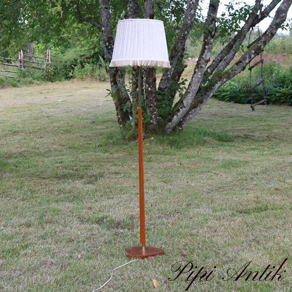 Teak retro trekant gulvlampe med beige lampeskærm frynser aftageligt Ø25xH150 cm