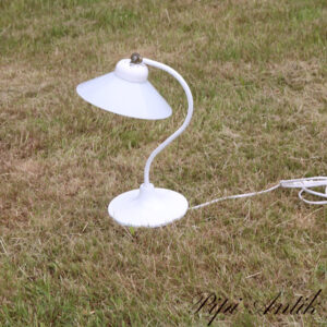 Hvid metal bordlampe med glas skærm IVARS svensk Ø20x34cm H