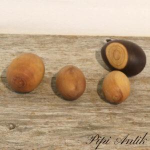Assorteret æg i træ natur 4 stk