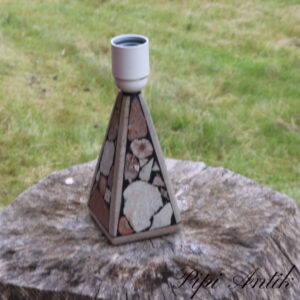 62 Bordlampe retro Gotelandsk håndværk i sten Ø9x9x20 cm H