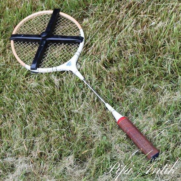 30 Retro Silver Curly badminton ketcher med plastik stiver