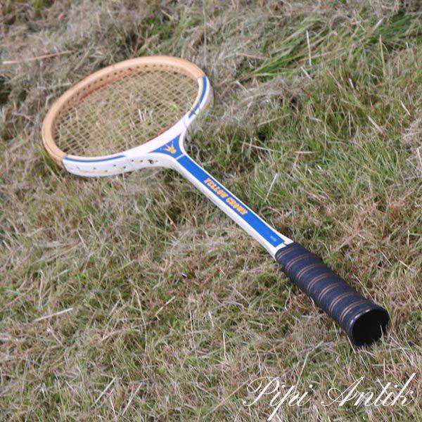 32 Retro Yellow Crown tennis ketcher