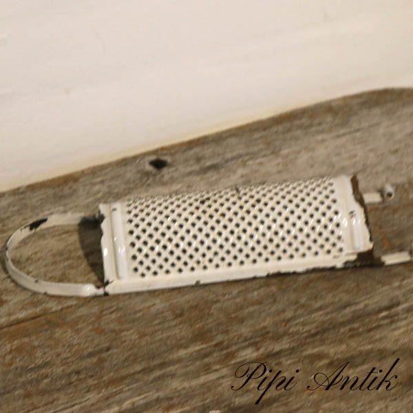 15 Madam Hvid rivejern L31,5xB10 cm