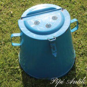 Madam Blå ish fedtspand med lækker vippelåg Ø63,5 x H37 cm