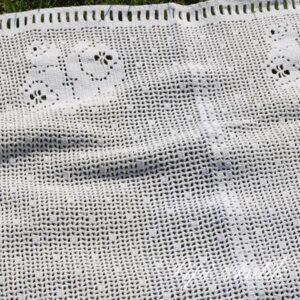 21 Hæklet gardin et fag B135xH70 cm