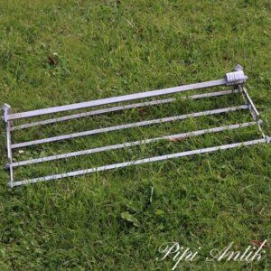 23 Aluminum knagerække med alukroge og hattehylde L72xB29xH13 cm