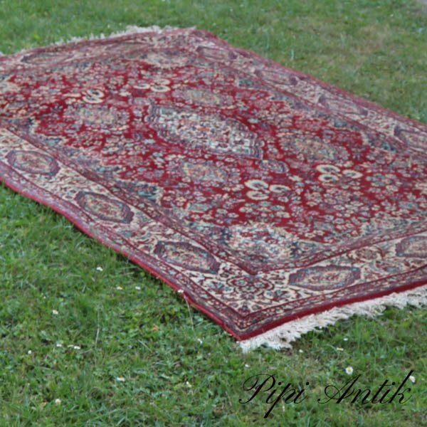 Gulvtæppe ægte rød Täbris Super Made in GDR Halmond Terpiche B132xL204 cm lidt foldet på 1 frønseside
