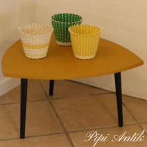 Mustard plantebord trekantet slanke sorte ben retro L59x59x59 x H33 cm