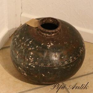 Metal patineret vase nittet Ø41x49 cm
