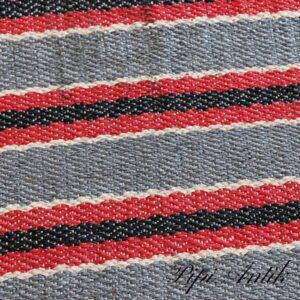 50 Retro siv kluddeæppe grå rød sort hvide striber B89xL195 cm