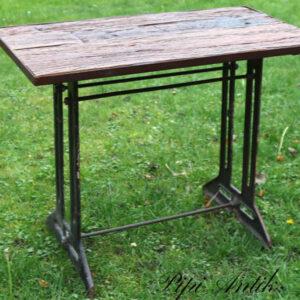 Symaskinebord i råt træ og metal patineretstel L90xD51xH76 cm