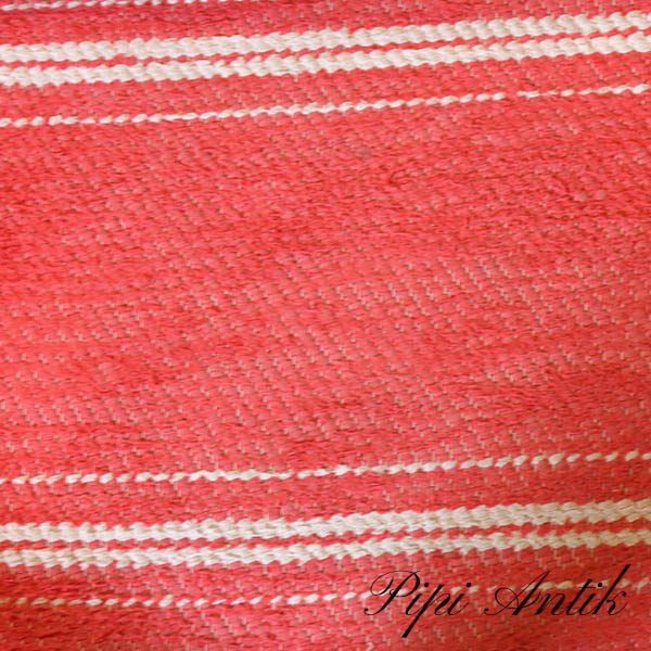 10 Rødt svensk kludetæppe B78x220 cm