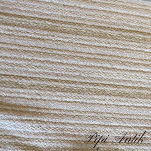 11 Beige råhvid svensk kludetæppe B68xL338 cm
