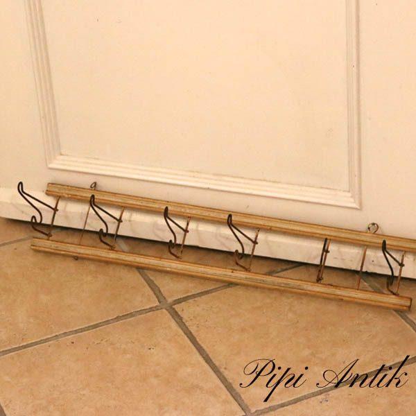 24 Knagerække i naturtræ patineret og metal knager vippebar L71xD13xH12 cm