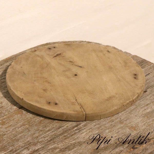32 Rundt skærebræt patineret Ø26xH1,5 cm