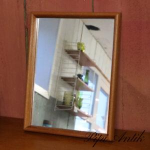 18 Teak spejl med høj buet kant B32,5xH43xD4 cm
