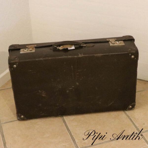 60 Mørkebrun papkuffert L66xB39xD18 cm