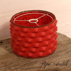 Retro rød lampeskærm med flet Ø20xH16 cm
