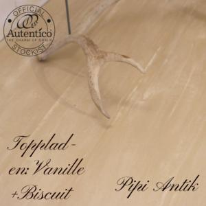 Bord toppladen i Vanillebund og biscuit topplade slebet ned Pipi Antik