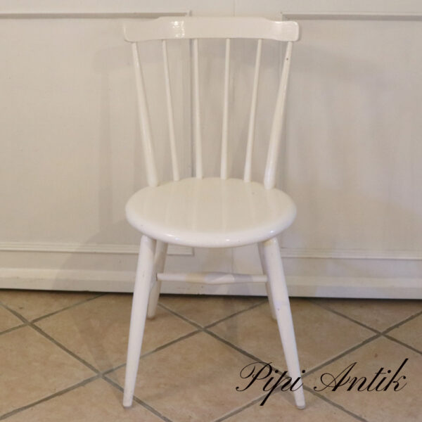 Hvid retro pindestol gl glozzy hvid maling velholdt Ø40xSædet43xRyg 82 cmH