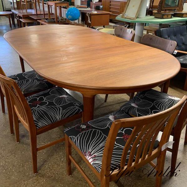 Teak spisebord med 2 tillægsplader L250xB120xH73 cm