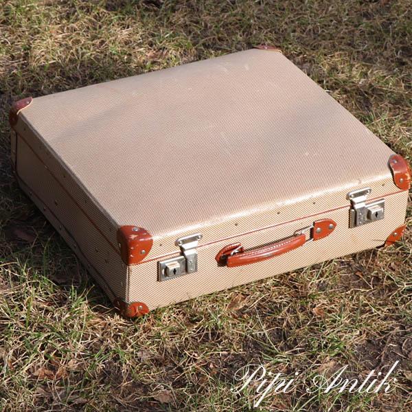 33 Meleret camping kuffert uden indhold L42xB12xH37 cm