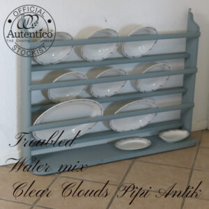 Tallerkenrække i Troubled Water mix Clear Clouds L110xD20xH82 cm