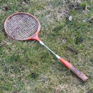 34 B Badminton ketcher Stam