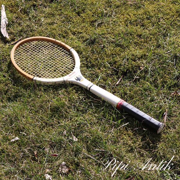 38 Tennis ketcher Dunlop