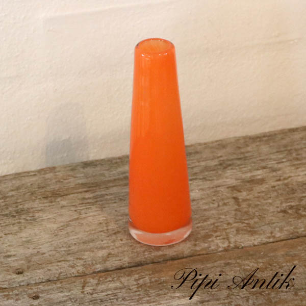 Orange glasvase slank lille Ø4,5xH15,5 cm