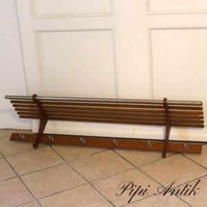 Retro træ knagerække med hattehylde L140xD30xH28,5 cm