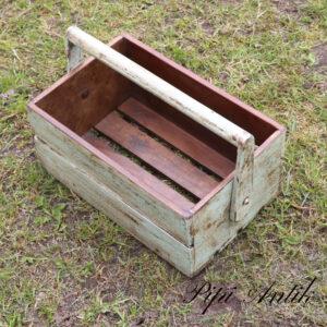 01 Værktøjskasse til haven L34xB22xH15 cm patineret hårdt træ