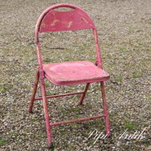 03 Metal stol pink og gul B44xD39xH81 sædet 43 cm