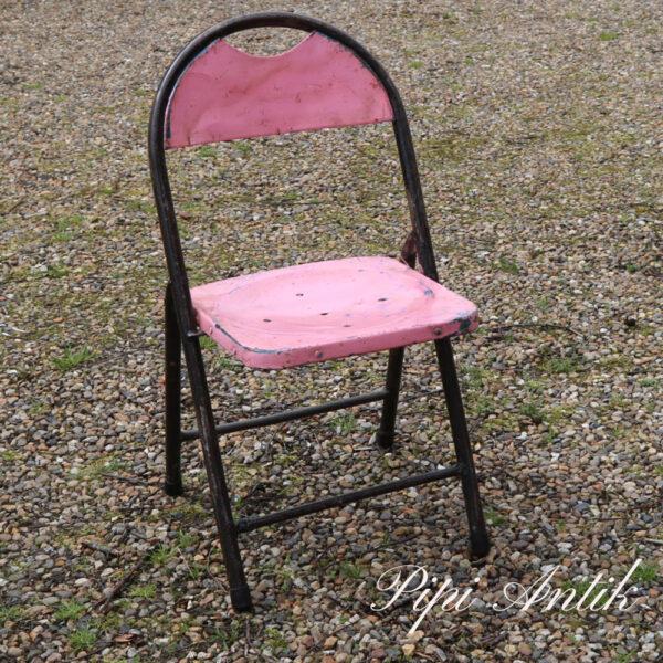 04 Metal stol pink og sort B44xD39xH81 sædet 43 cm