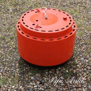 12 Industriloftlampe megastor metal orange Cebe, Svalöv Sweden Ø44xH34 cm tung med sort gitter
