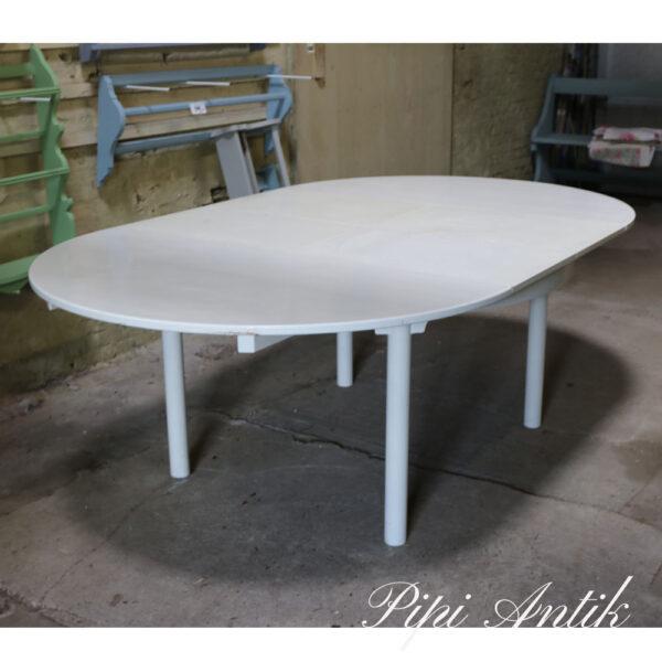 Rundt ovalt spisebord L217xB131xH74 med 2 forlænger under bordet svensk spise bord