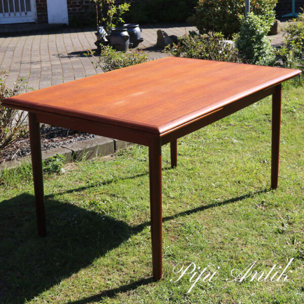 01 Teak spisebord med hollandsk udtræk L135xB89xH73 plus udtræk 2x48 cm