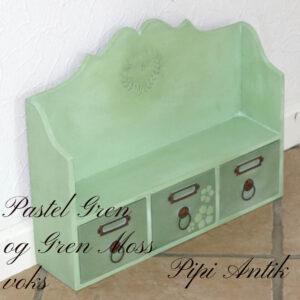 Pastel Green lille hylde med Green Moss voks L40xD10xH31 cm nyere