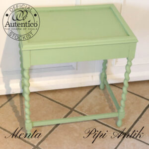 Romantisk bord med snoede bord ben L52xB36,5xH55,5 cm Menta