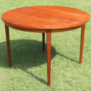Teak spisebord rundt med 2 tillægspladder ovalt eller rundt spisebord
