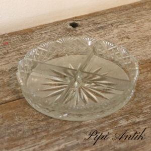 08 Sildefad i presset glas med inddeling Ø16,5xH3,5cm