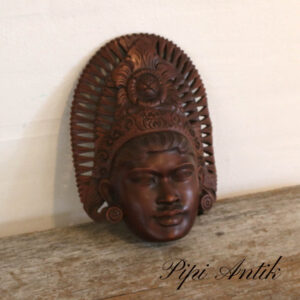 Afrikansk maske i hårdt træ B19xH26xD6cm