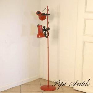 13 Retro rød standerlampe Ø25xH132cm